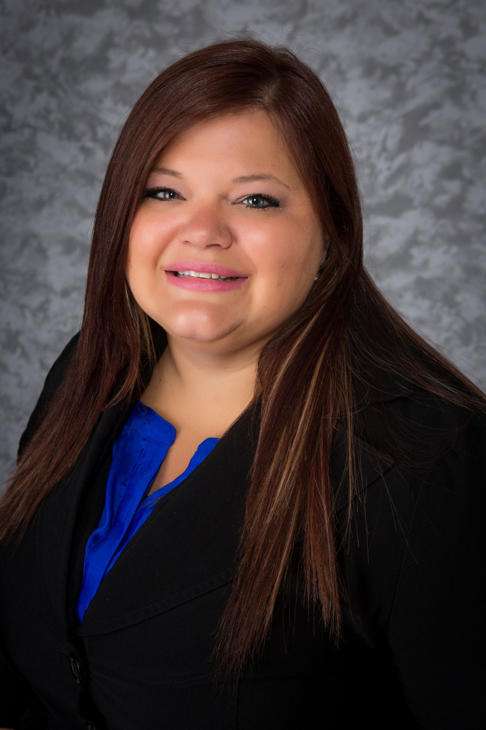 Ideal CU Promotes Nicole (Nikki) Carter to Branch Manager in Eagan